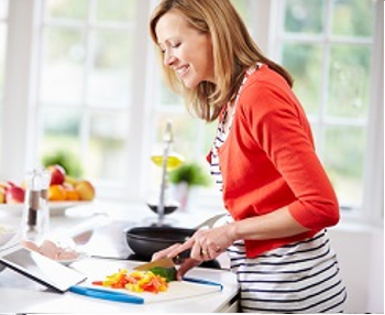 8 hints to help your family eating well