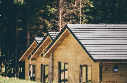 Center Parcs sees the completion of its very first lodge in Longford