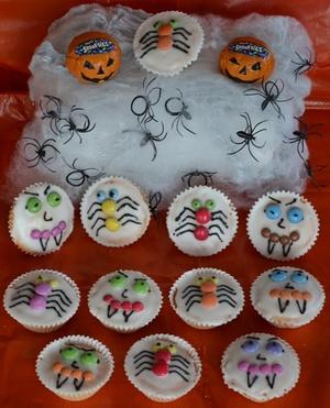 Smarties scary cakes