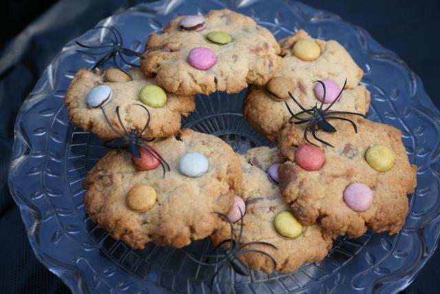Chocolate chip Smarties cookies