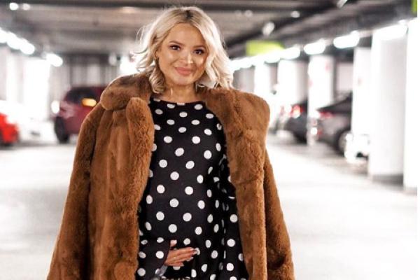 Irish fashion blogger Ashlee Coburn welcomes her first child