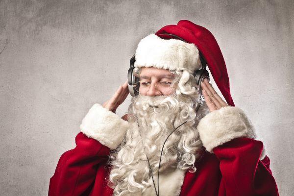 Feeling festive? Heres when Christmas FM returns to Irish airwaves