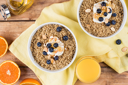 Breakfast Quinoa with Blueberries and Almonds