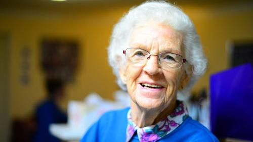 HSE urges ALL people over-70s to stay indoors