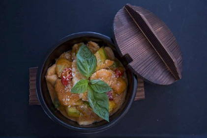 Eatzen: The hot new date spot to take hubby for a delicious dinner