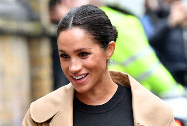 Meghan Markles handbag got REJECTED by charity and the story is hilarious