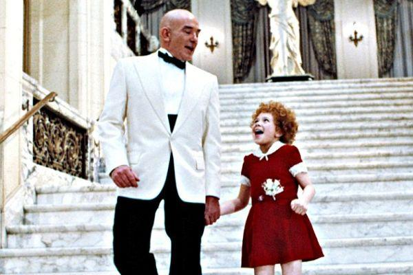 Actor Albert Finney, who played Daddy Warbucks in Annie, has passed away