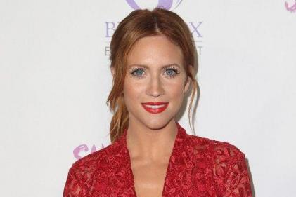 Pitch Perfects Brittany Snow is engaged and her ring is stunning