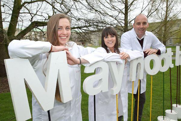 Clarins Ireland to help fund bee research project with Maynooth University