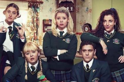 Derry Girls cast team up with Bake Off for special episode