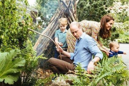 The Cambridges share new photos from their special family day out