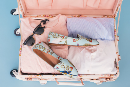 10 beauty essentials you HAVE to pack in your suitcase this summer