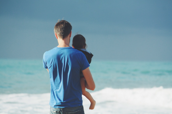 Dads who are more involved in day to day parenting raise happier children