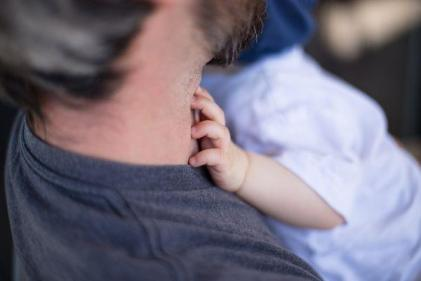 Precious moments: Helping dad bond with baby