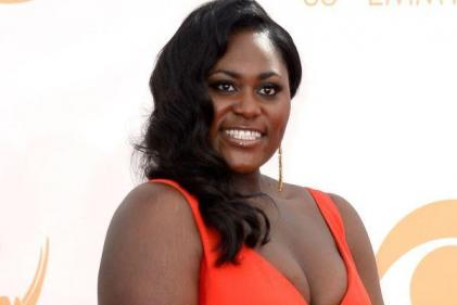 Congrats! Orange Is The New Black actress announces pregnancy