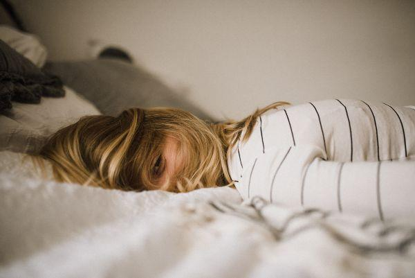 Here are 5 natural remedies that will help migraines