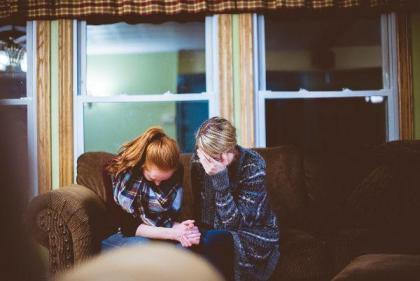How can I help? 8 ways to help a loved one going through a hard time