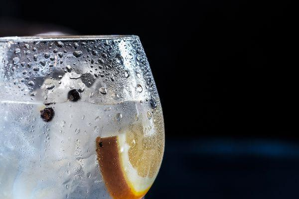 Ginfluenced! Aldi to stock Graham Norton Gin for €29.99