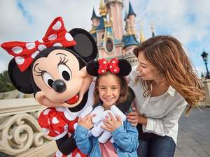 Here is your essential guide to navigating Disneyland Paris brought to you by Breakaway.ie