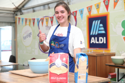 Congrats! 15-year-old Caoimhe Hurley wins National Junior Baking Competition
