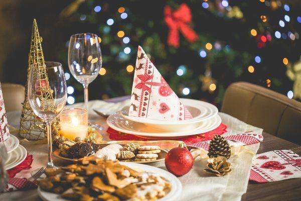 Top tips for planning the BEST Christmas party (without the stress)