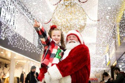 Santa arrives at Jervis Shopping Centre on Saturday & you could win a trip to Lapland