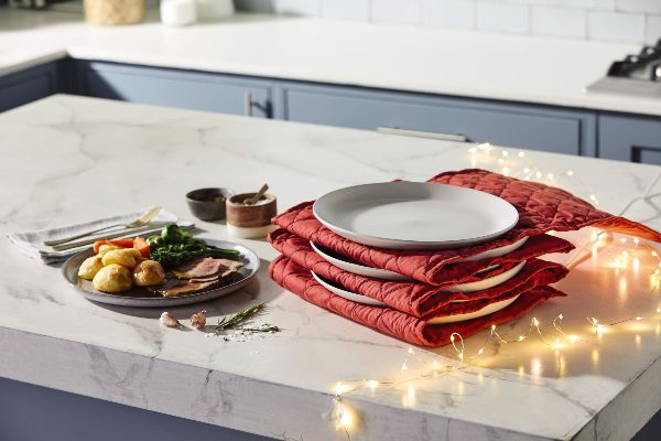 Aldi is selling an electric plate warmer just in time for your Christmas dinner