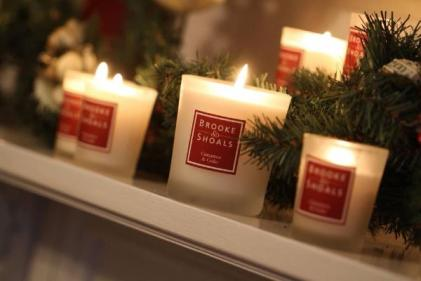For candle lovers: The perfect gifts thatll make them smile