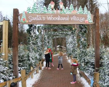 Top tips to families visiting Winter Wonderland at Center Parcs Longford Forest