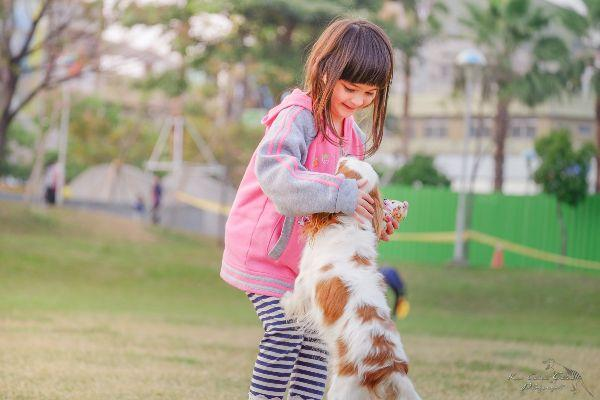 Are your kids crazy about dogs? This Puppy Love event is pawfect for them