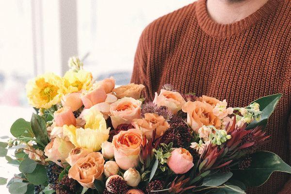 Florist praised for thoughtful Mothers Day movement