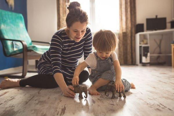 Stay hopeful! 20 little things mums in lock-down can celebrate