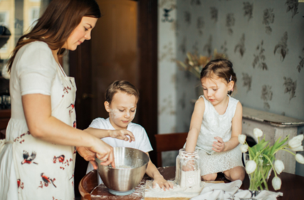 Our top essential hygiene habits for families who cook together