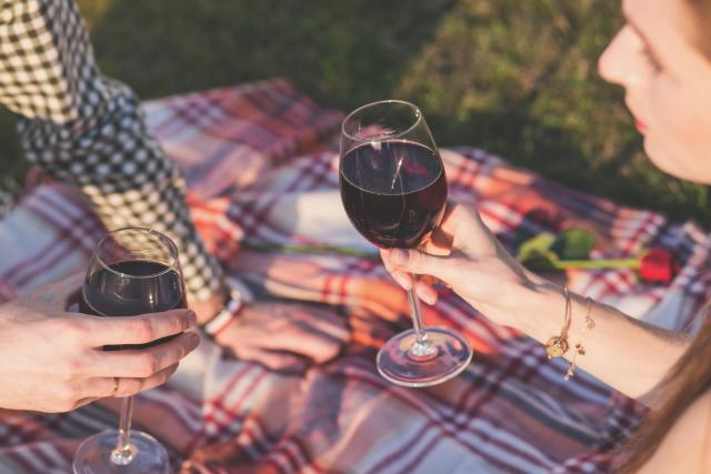 Irish mum instagrammer starts new wine and chats page