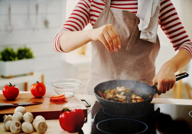 This home grocery service helps you create 5 restaurant-quality dishes at home