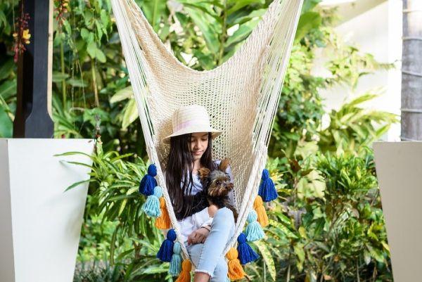 You need this handmade hammock for chilling in the garden this summer