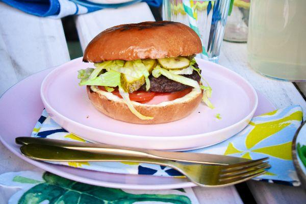 Sunshine set to return! The food safety habits you need to follow when barbecuing
