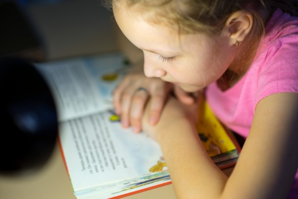 7 benefits of reading for children