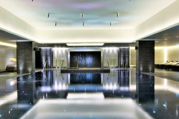 How to enjoy a luxury spa sensory experience from the comfort of your home