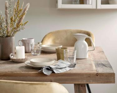 søstrene grene goes back to basics with their new classics collection 2020