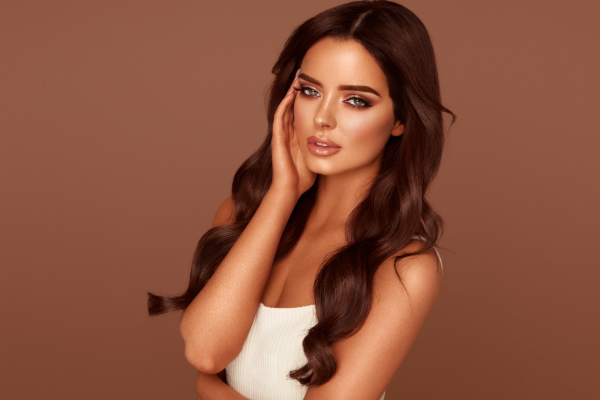 Maura Higgin's swears by this gorgeous (and cheap) fake tan