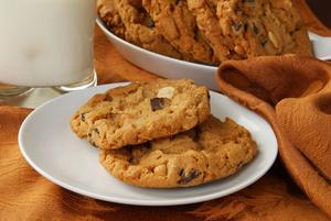 Double chocolate nut cookies