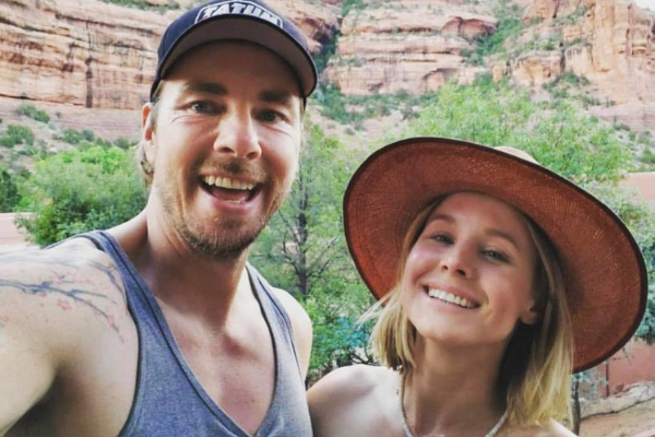 Kristen Bell's husband shaves his head to match with their daughter