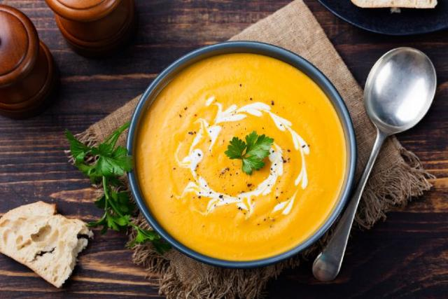 It is already SOUP weather! 14 recipes to keep you warm this autumn