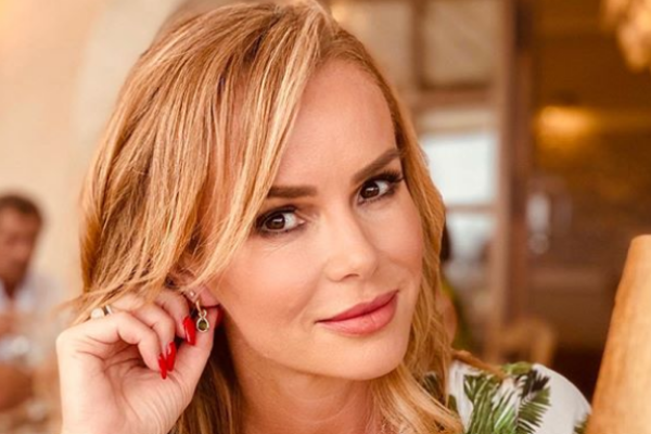 Amanda Holden posts detailed video of herself getting a mammogram