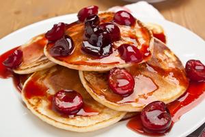 Boozy cherry pancakes