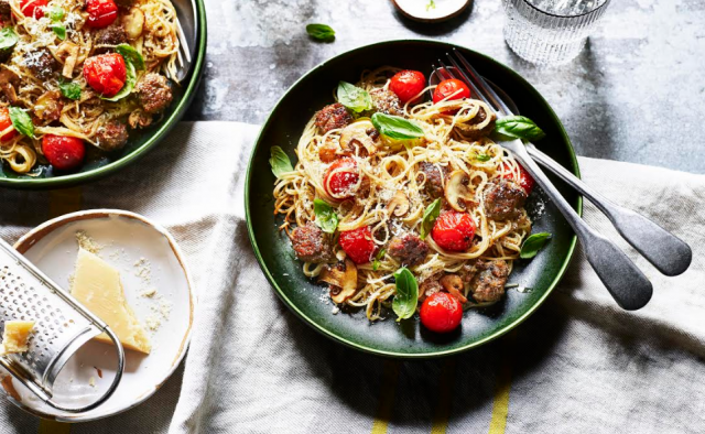 Weeknight dinner: angel hair pasta with homemade meatballs