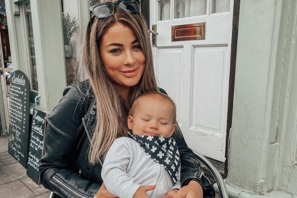 Love Island's Jessica Hayes is expecting her second child with fiancé Dan