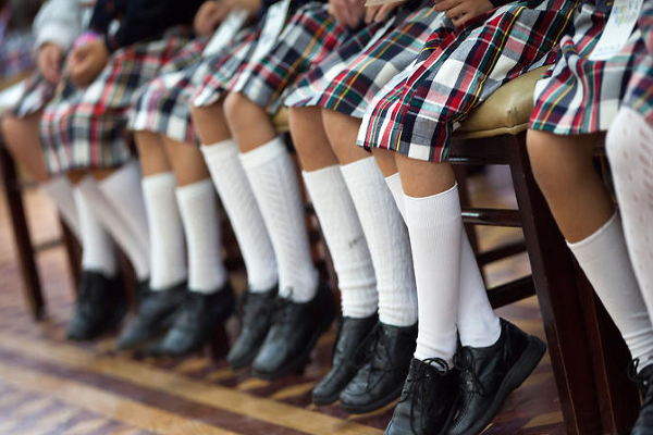 """Distracting for staff"": Teenage girls in Carlow school banned from wearing tight clothes during PE"
