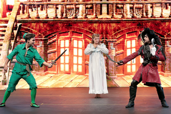 Alan Hughes announces Ireland's first Drive-In Panto in Malahide Castle